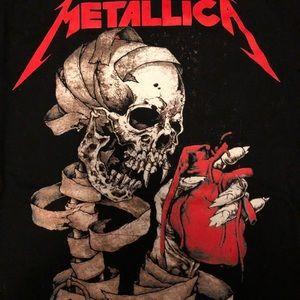 Vintage Black 2XL Metallica T shirt.